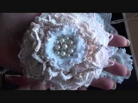 Shabbychic heart and shabby flowers. Pretty examples!