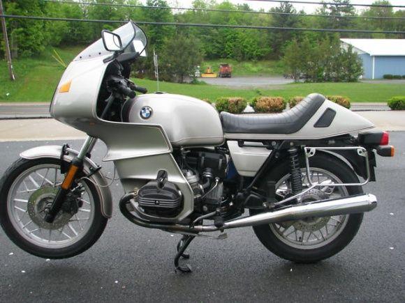 Executive Class 1982 BMW R100RS Bmw motorbikes, Bmw