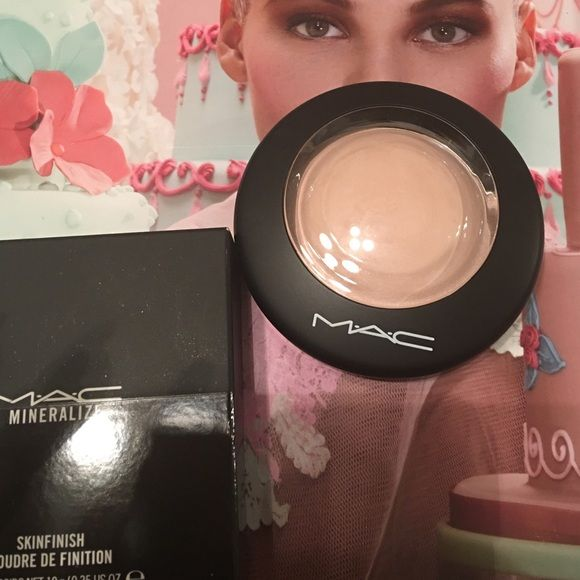 MAC warm rose mineral skinfinish Brand new in box. Limited edition from the future Mac collection. MAC Cosmetics Makeup Face Powder
