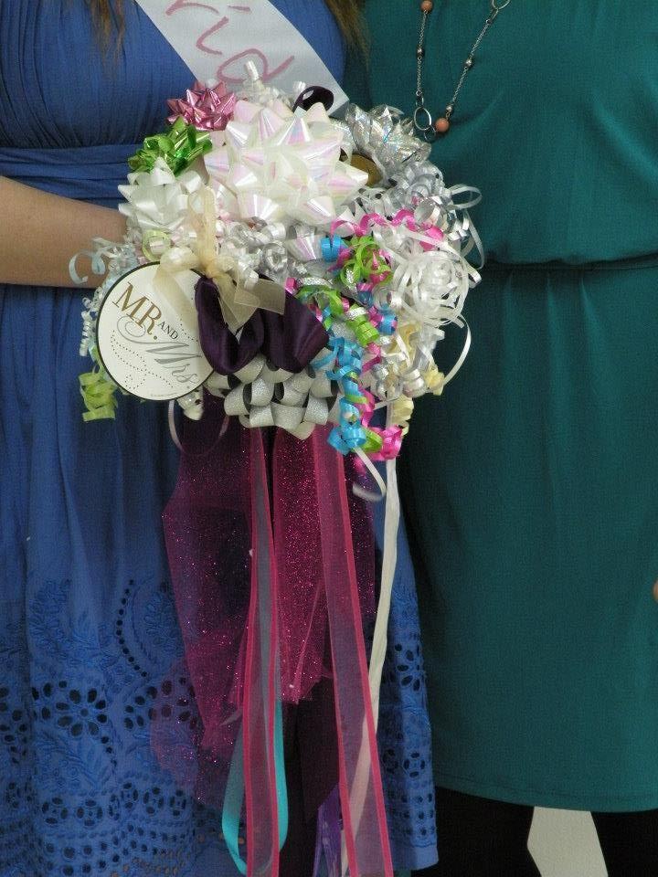 ribbon bouquet from bridal shower bride wedding bouquet