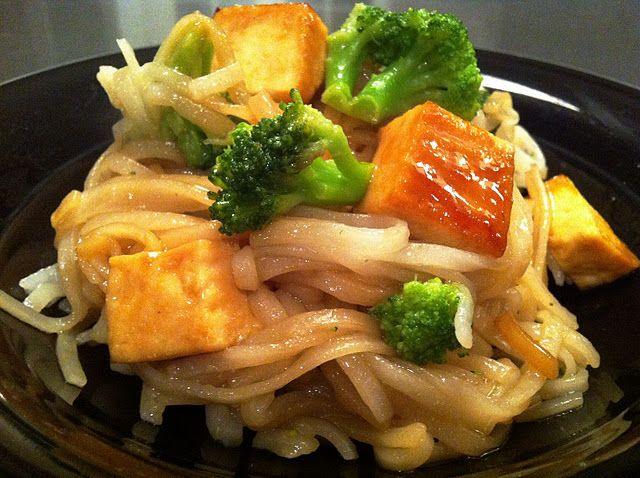 vegetable pad thai with images  vegetable pad thai