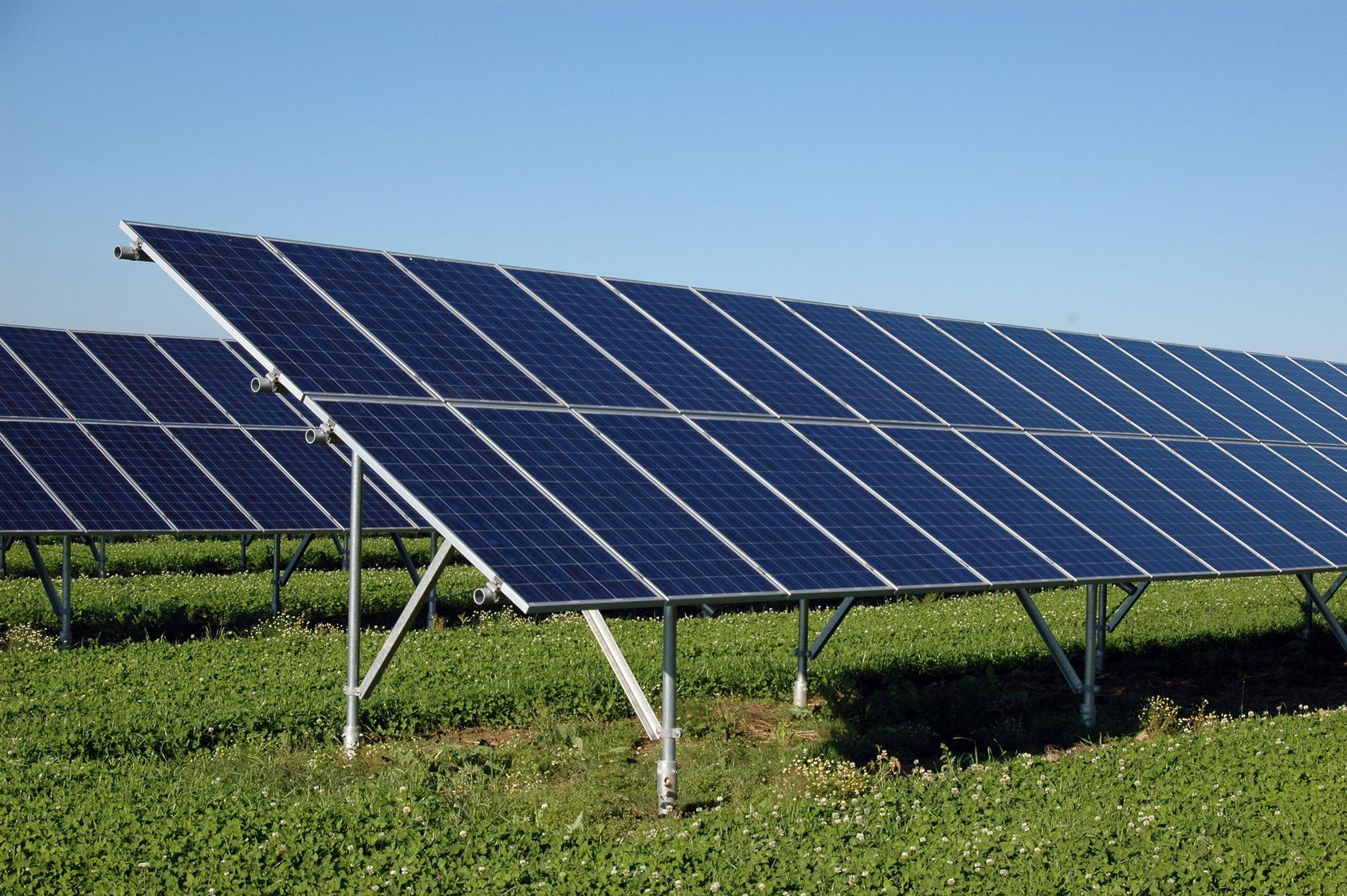 Solar Photovoltaic Pv In Netherlands Market Outlook To 2025 Update 2015 Capacity Generation Levelized Cost Of Energy Lco Solar Solar Pv Solar Projects