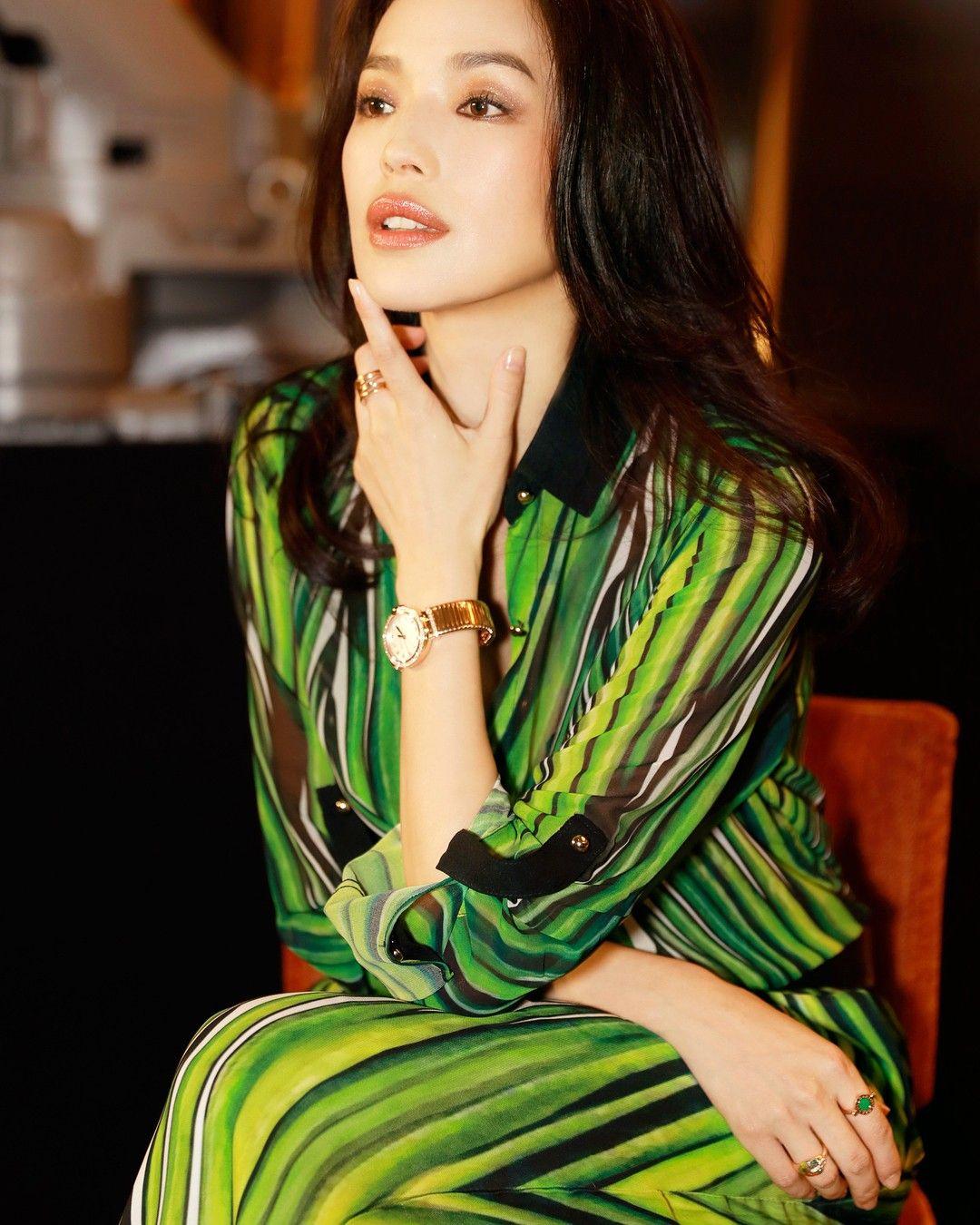 Shu Qi   Beautiful celebrities, Chinese actress, Casual