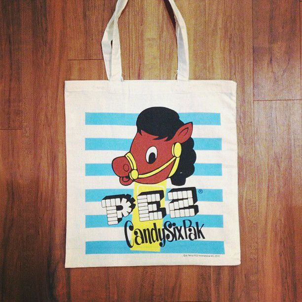 Pez horse tote. New at the little dröm store, available in 3 designs.