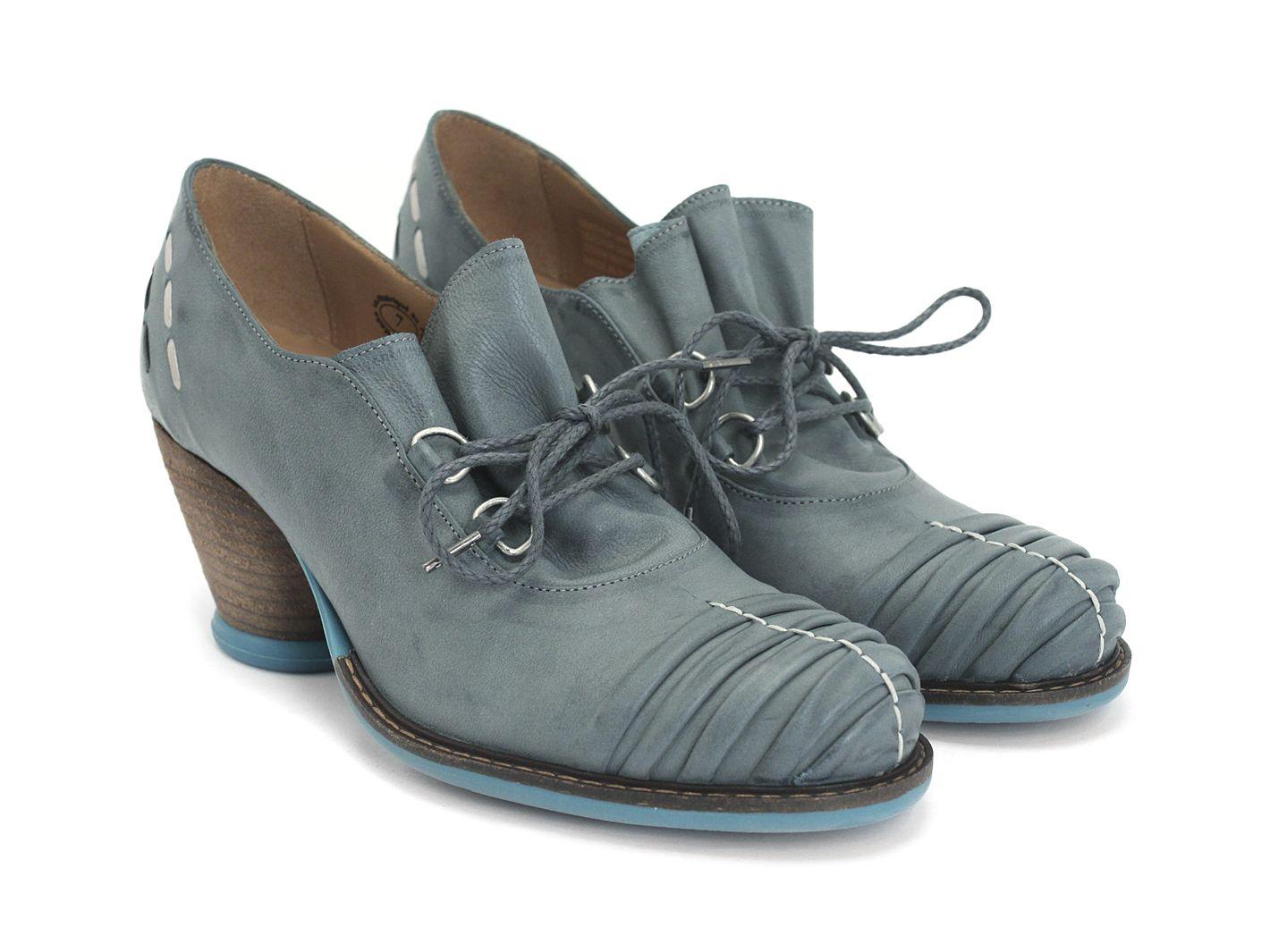 Mezzo Della | Leather heels, Vintage high heels, Shoes