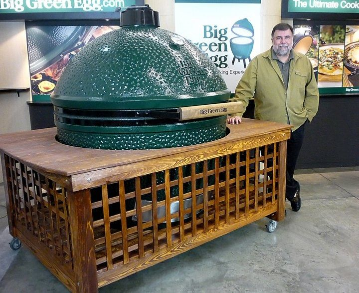 Big green egg xxl doesn 39 t seem to be that big compared to for Table design xxl