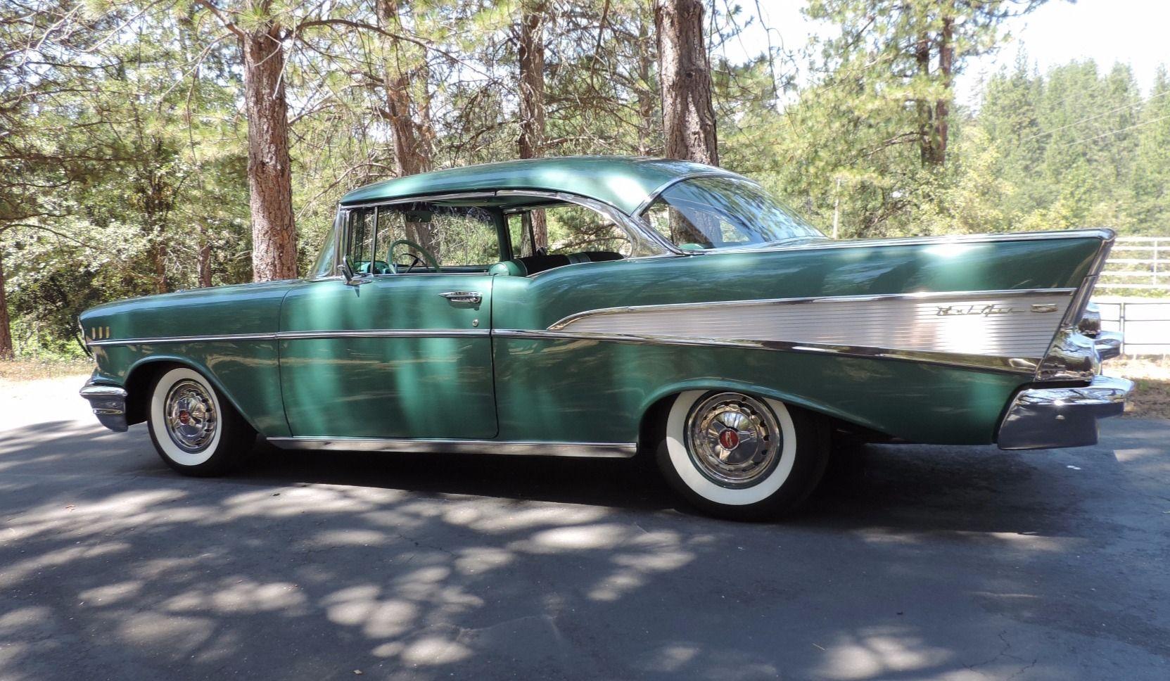 1957 Chevrolet Bel Air 2 Door Hardtop Goruntuler Ile