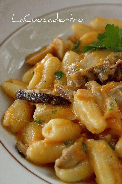 This looks like heaven in your mouth cavatelli in delizia for Ricette italiane primi piatti