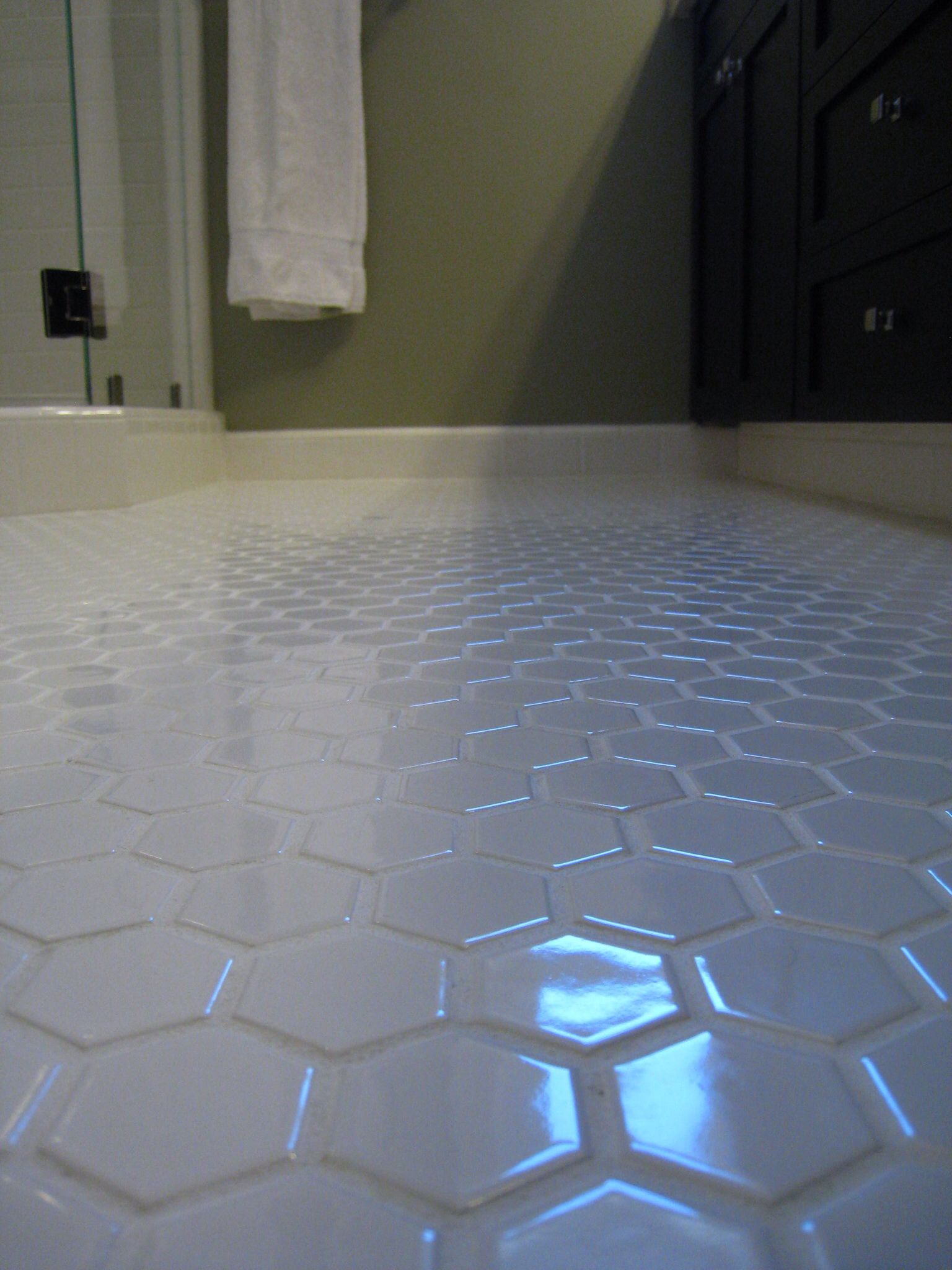 white hex tile bathroom floor keep the white grout clean 17766