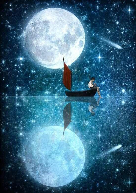 أنا القمر ونصفي الآخر مجرد انعكاس لي على قطرات ماء تكاد أن تتبخر سلمى Moon Art Art Painting