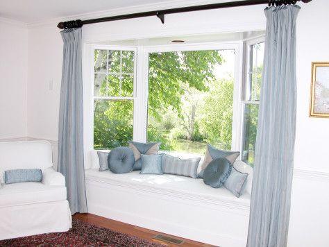 qu cortinas usar en ventanas irregulares casa nueva dormitorio con ventanales asientos. Black Bedroom Furniture Sets. Home Design Ideas
