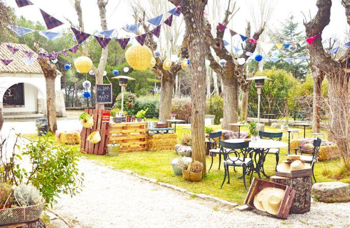 Jardín decorado de fiesta