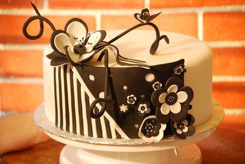 #cake #food #dessert #flowers