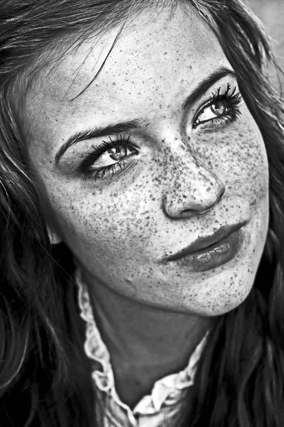 10 hyper realistic pencil drawings