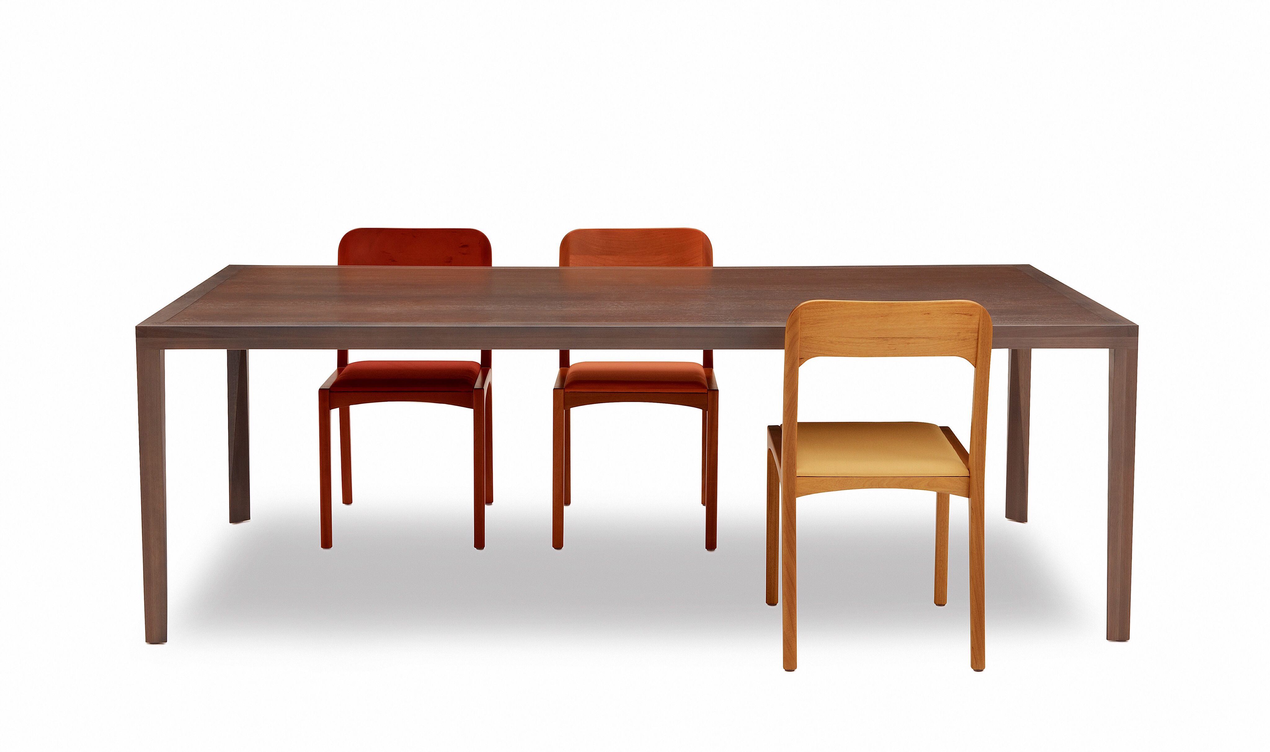 Mesa CAETANO e cadeiras ANITA Design : Aristeu Pires
