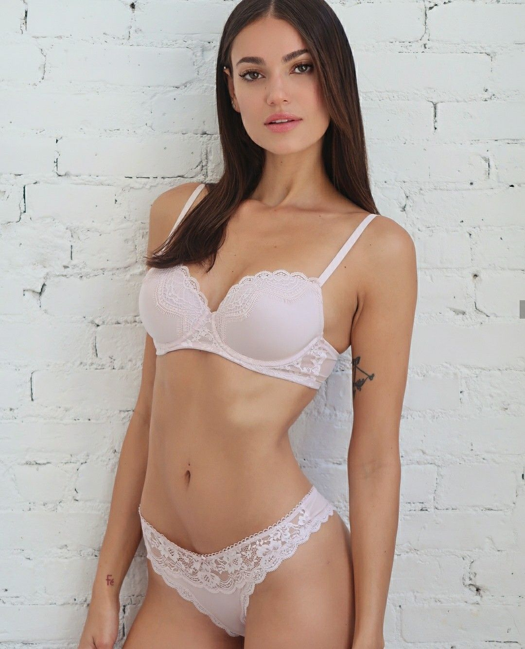 Marianne Fonseca  nackt