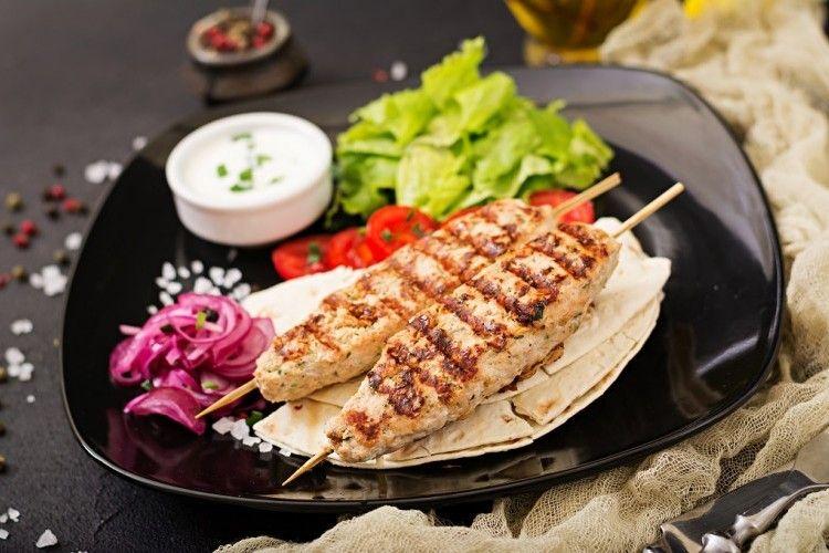 كباب الدجاج بالفرن للرجيم مطبخ سيدتي Recipe Grilled Turkey Kebabs On The Grill Turkey Chicken