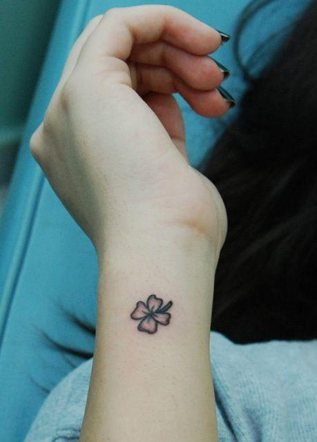 tatuajes para mujeres trebol