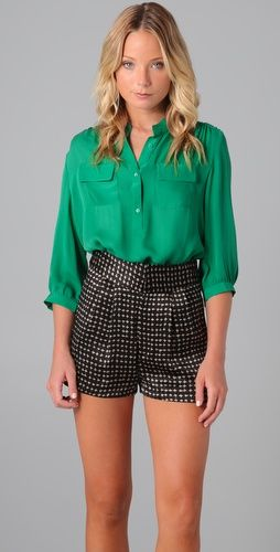 6bffffd7888c32 I love silk men s wear blouses. The fact that it is Kelly Green gives it an  added  pop .