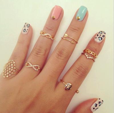 Rings and nails(: | via Facebook
