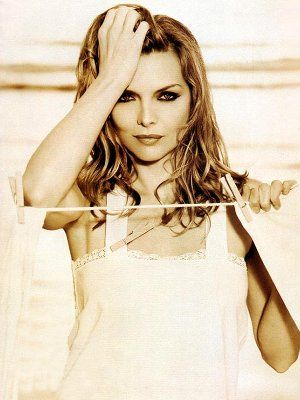 """michelle pfeiffer - In 1999, joined the """"12 million dollar club""""."""