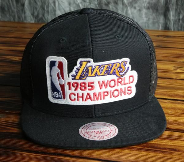 new style d840d 6345a Los Angeles Lakers Mitchell   Ness 85 Champ Mesh Snapback Hat
