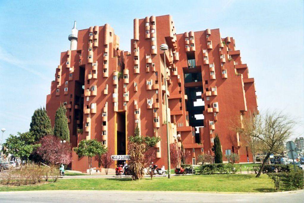 famous postmodern architecture. Plain Famous Walden7  Ricardo Bofill 1972 In Famous Postmodern Architecture