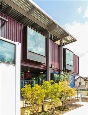 Shipping-Container-Bar-North-Arrow-Studio-11