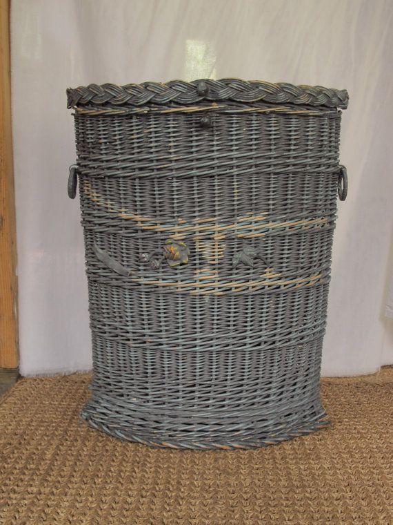 Oversized 37 Massive Round Wicker Basket Laundry Clothes Blanket Hamper Vintage