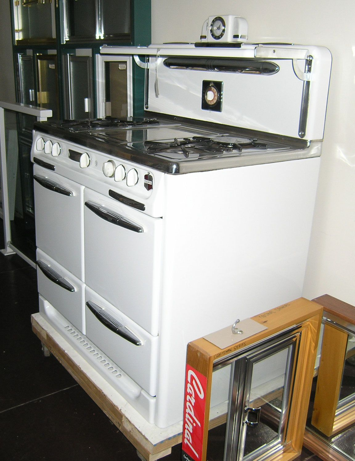Vintage 40 Wedgewood Oven And Broiler In Excellent Condition