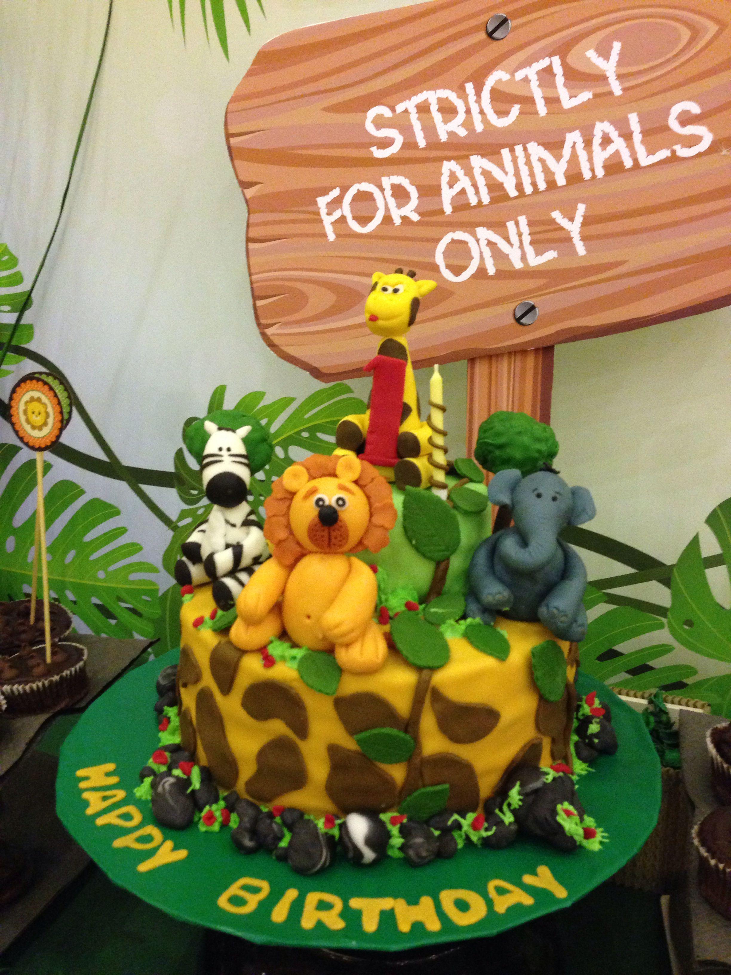 Jungle Theme Birthday Cake by Endelights Dubai Jungle