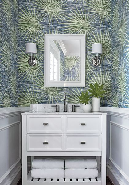 Thibaut Wallpaper Palm Frond in Navy and Green (T10141