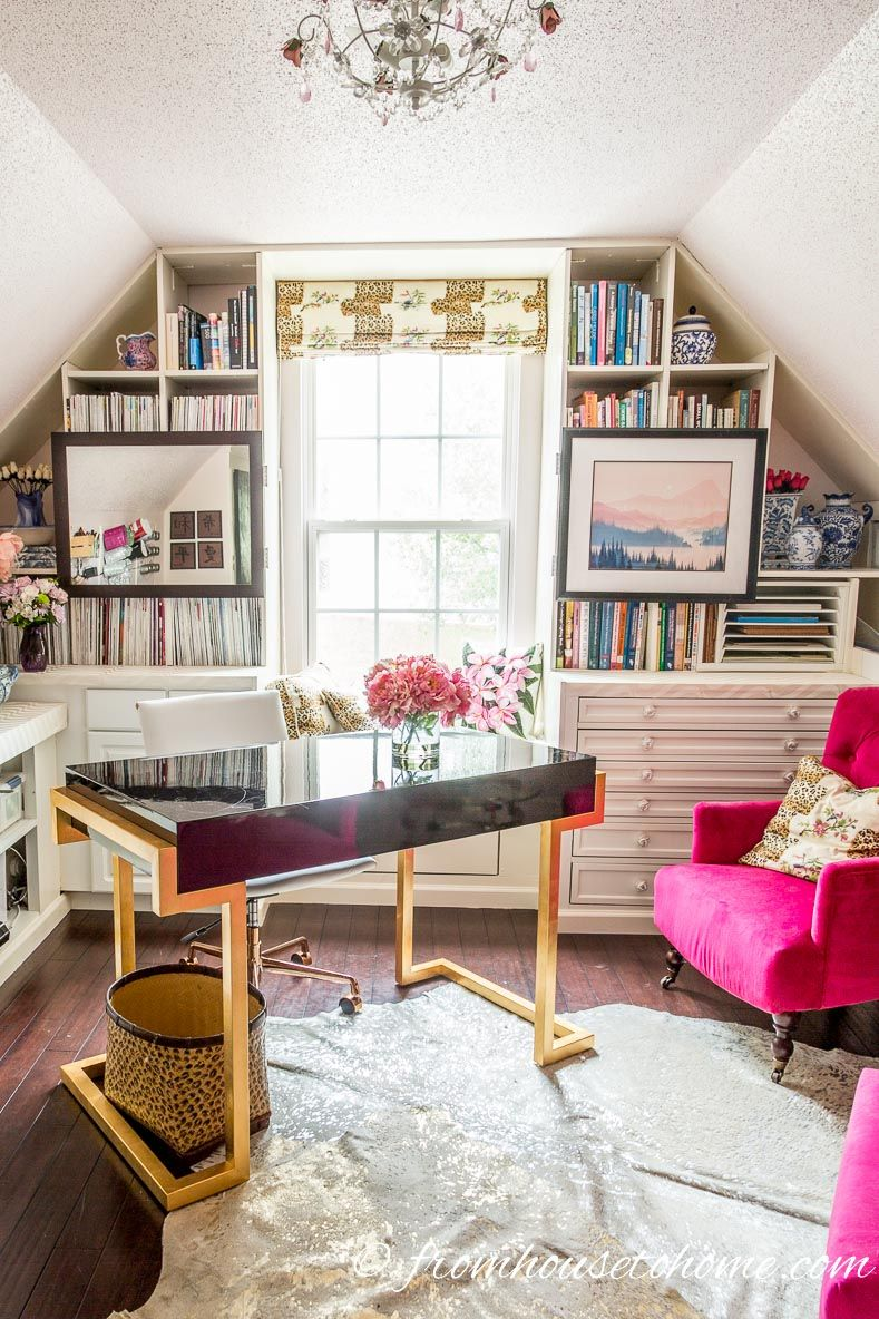 how to make a small room look bigger 11 small space on cozy apartment living room decorating ideas the easy way to look at your living room id=50675