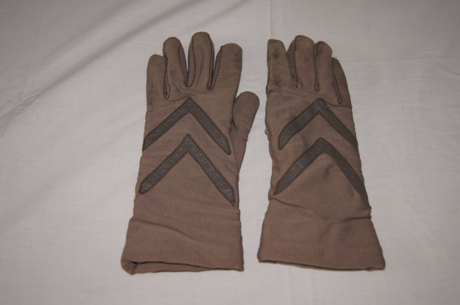 Driving gloves isotoner - Vintage 1980 S Tan Brown Aris Isotoner Gloves Driving Gloves By Themercerstreethouse On Etsy