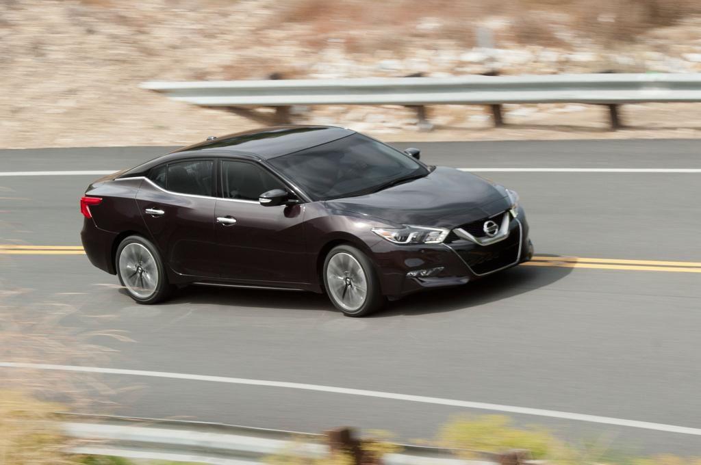 Comparison  Ford Edge Vs Nissan Murano Vs Hyundai Santa Fe Sport Motor Trend