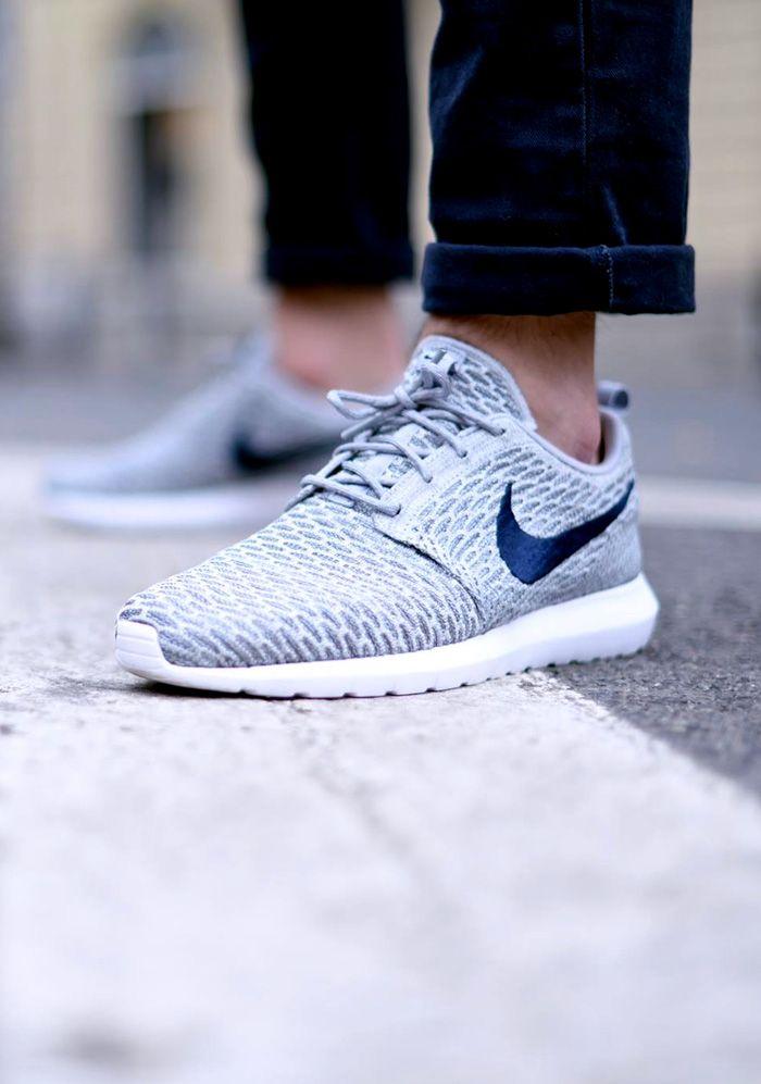 Nike Roshe Courir Flyknit Mens Costume Blanc