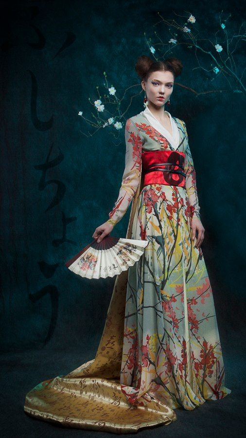 Inspired by both Chinese and Japanese traditional costumes