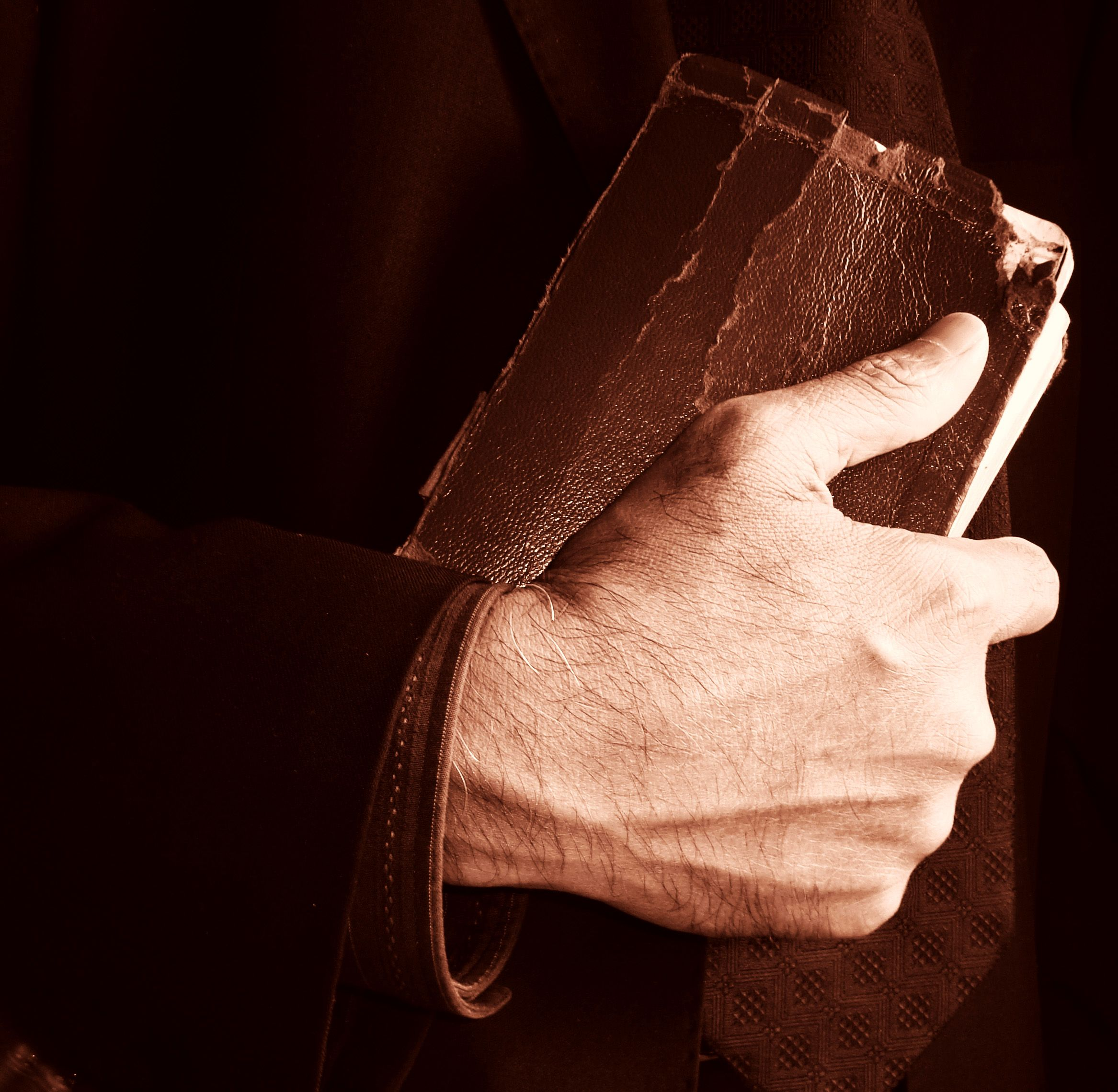 Keep a Strong Grip | More Than Useless Blog
