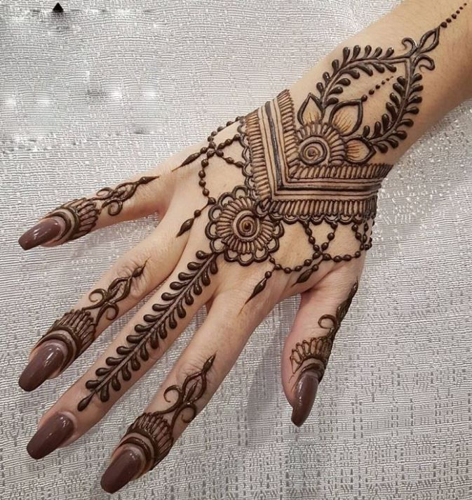 101 Latest Mehendi Designs & Beautiful Trends for Girls