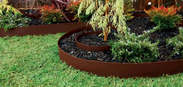 Cheap lawn edging ideas home depot garden edging ideas for Cheap easy landscape edging