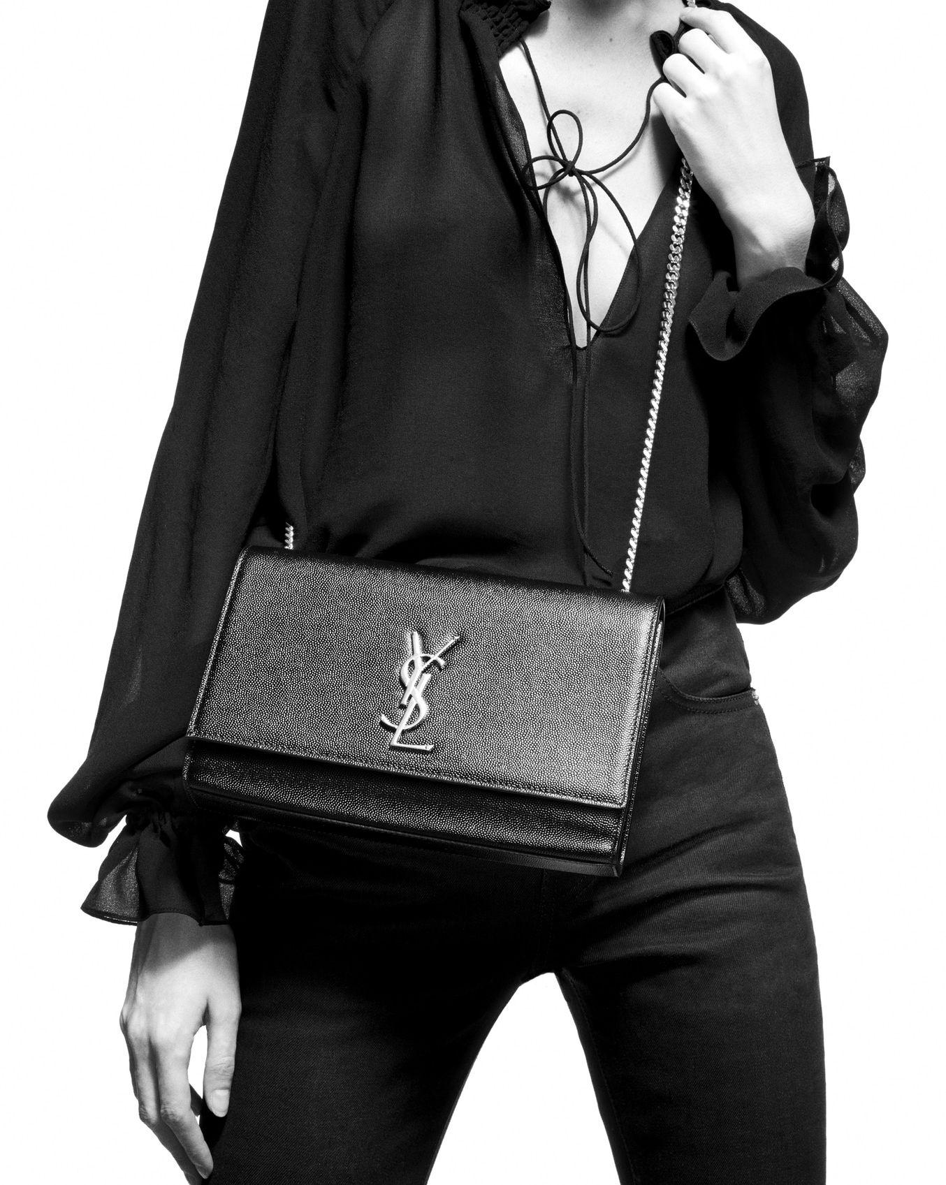 67a19d76da7 Kate medium in grain de poudre embossed leather in 2019   Désir ...