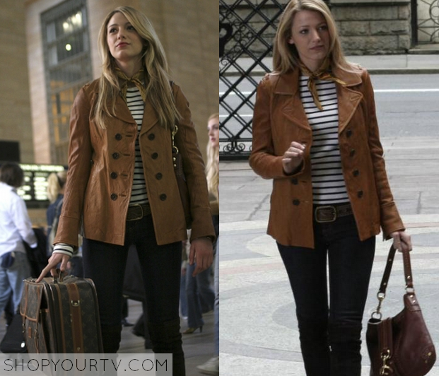 Serena van der Woodsen (Blake Lively) wears this brown leather ...