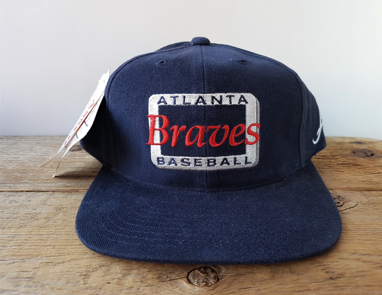 Vintage 90s Atlanta Braves Baseball Deadstock Annco Snapback Hat Mlb Genuine Merchandise Professional Model Ball Cap New With Tag In 2020 Atlanta Braves Baseball Atlanta Braves Braves Baseball