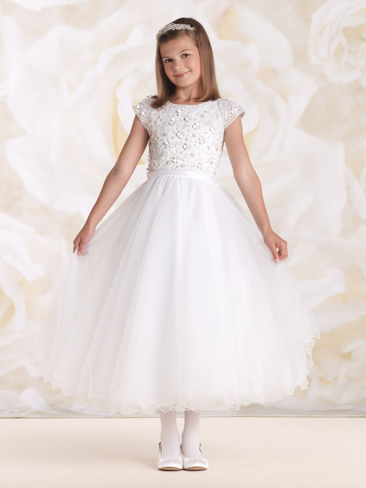 f7a17e7f62ba Tutti Sposa - Aluguel Vestidos de Noiva - Aluguel Vestidos de Madrinhas de  Casamento - Aluguel de Roupas de Festas - Aluguel de Roupas de Formaturas