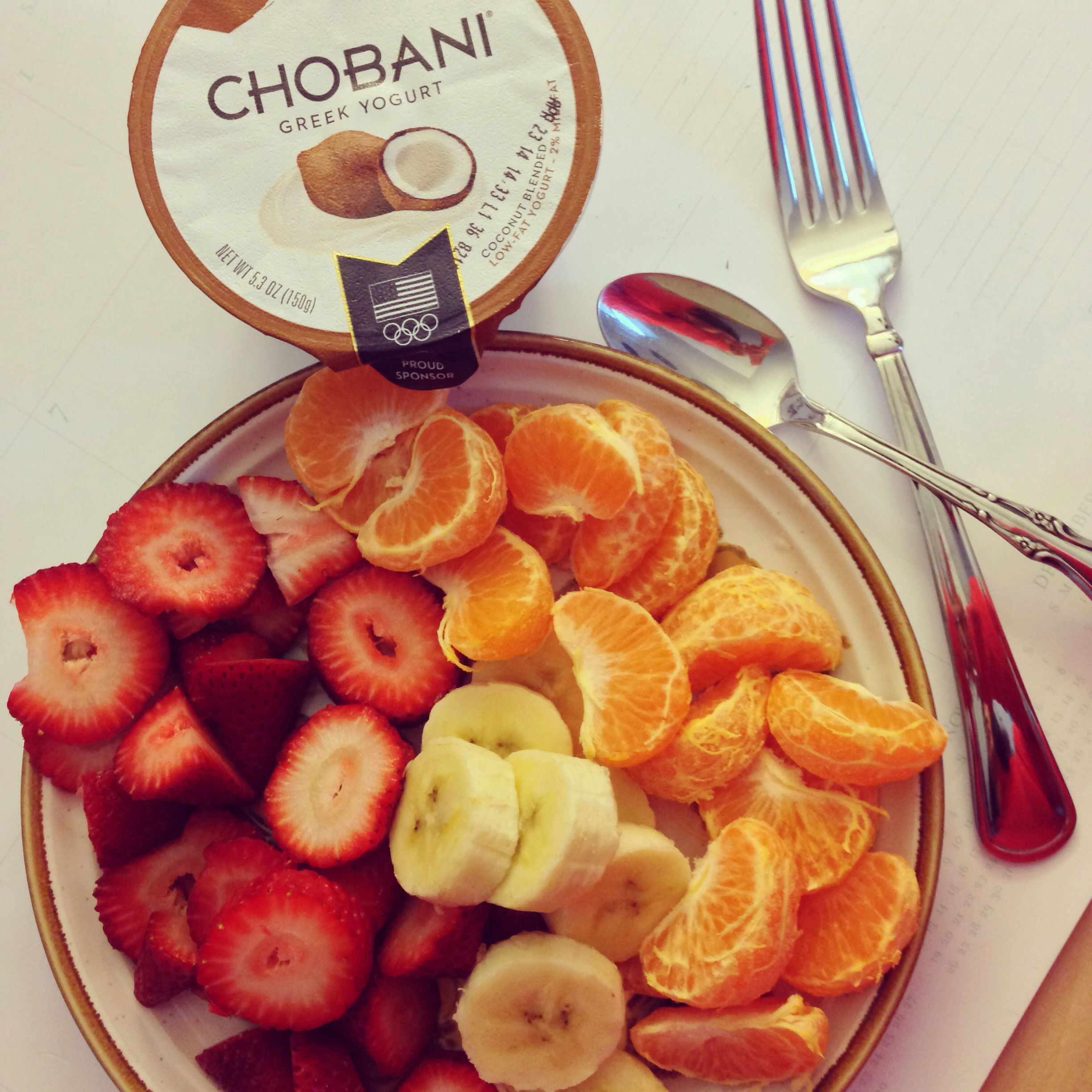 Try this combo of fruits and Greek yogurt for a delicious breakfast!