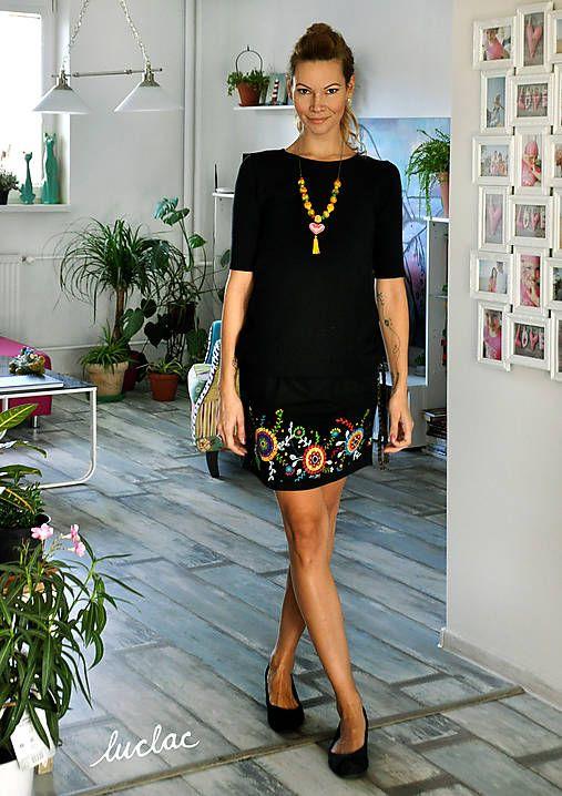 e1d57d9468a3 Čierne šaty s maľbou Round   LucLac - SAShE.sk - Handmade Šaty ...