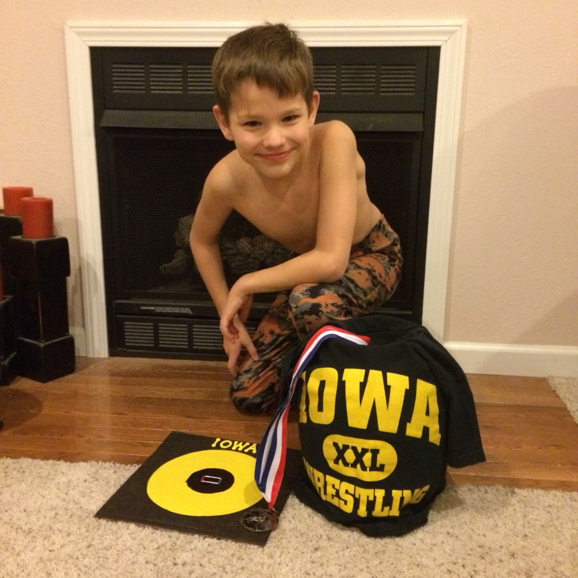 Iowa wrestling valentine box for cards at school Includes mat