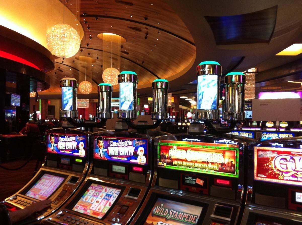 Игровые автоматы poker uae игровые автоматы матрешки играть бесплатно