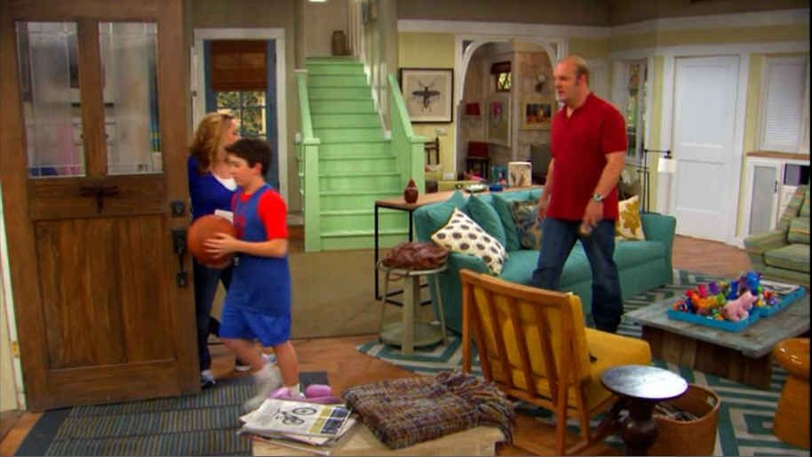 Living Room Wide Shot New Sofa And Rug Good Luck Charlie Luck
