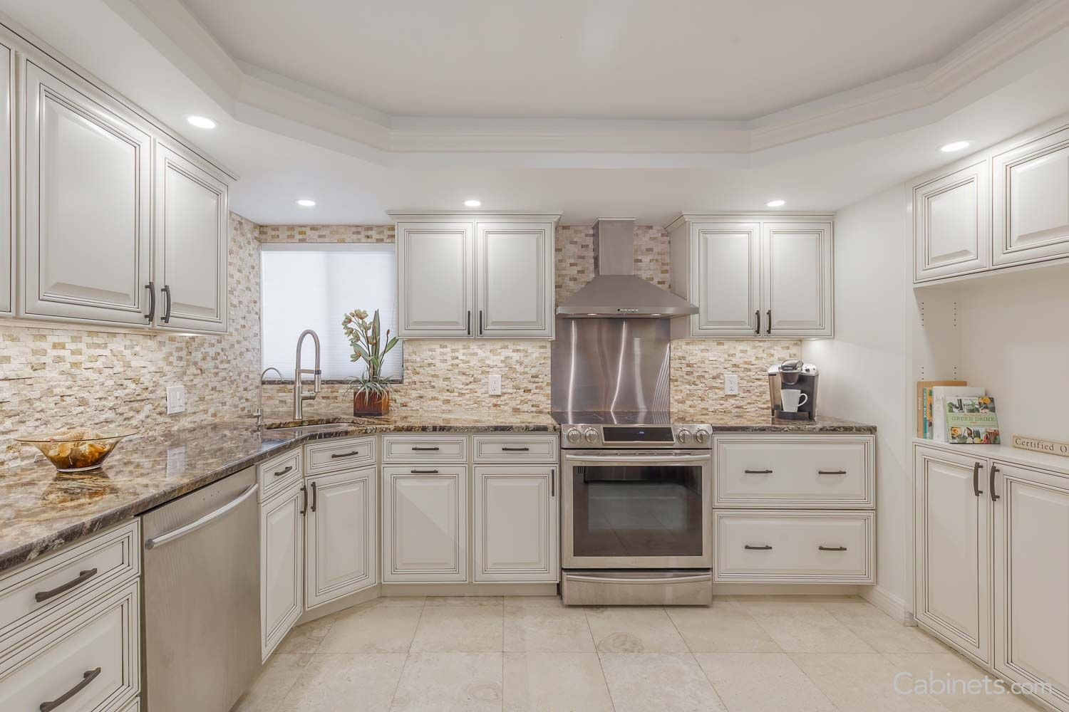 Springfield Antique White Chocolate Glaze Do Not Really Like This Finish O Affordable Kitchen Cabinets Kitchen Cabinets And Countertops Antique White Kitchen
